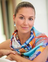 Александра Отиева