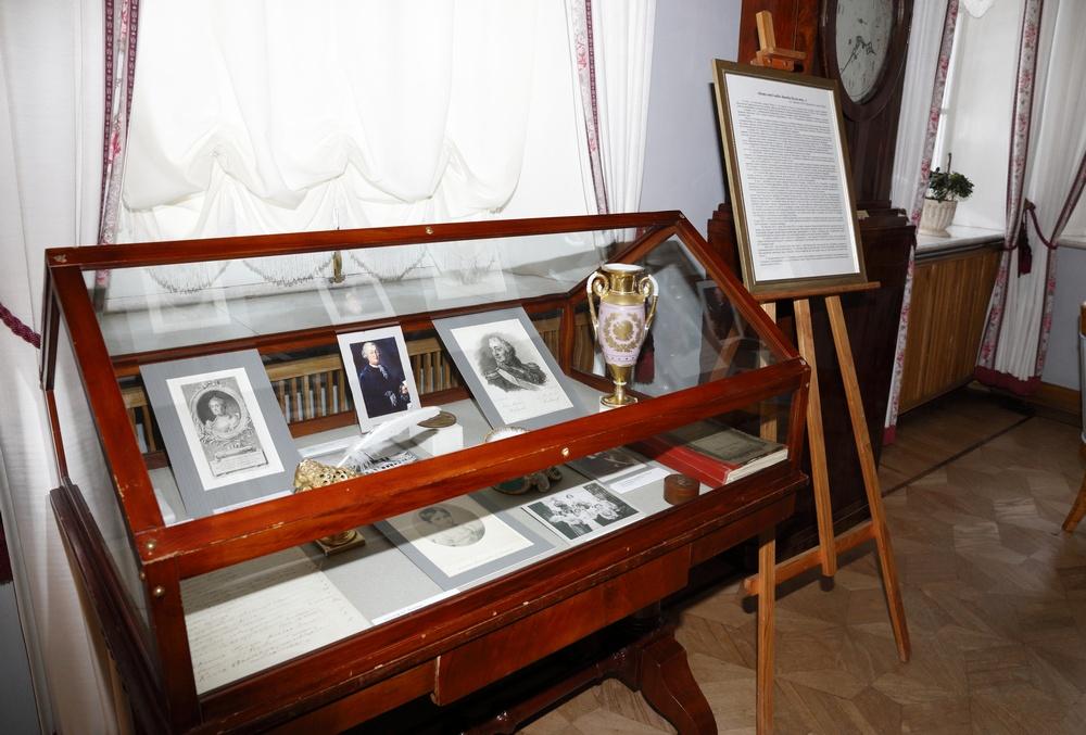 Камерная выставка «Боже мой! кабы Заводы были мои…». К 300-летию Полотняного Завода.