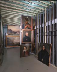 Хранение живописи, оригинальной графики и миниатюры: общий вид.