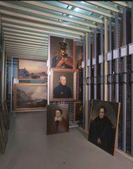 Хранение живописи, оригинальной графики и миниатюры общий вид.