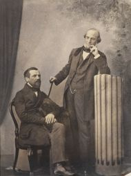 Погодин М.П. (слева) и Мамонтов И.Ф. Москва. 1850-е. Фотограф К.А. Бергнер. Отпечаток на соленой бумаге, акварель, лак.