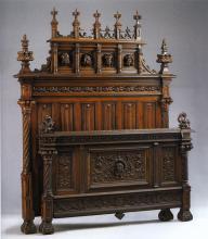 Кровать в готическом стиле. Западная Европа. Последняя четверть XIX в. Дуб, резьба.