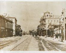 Фотография Д.В. Алексеева. Вид улицы Арбат от  церкви Живоначальной Троицы, 1888